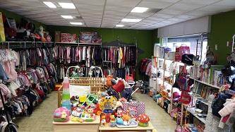 Da Secondamanina Bovisio Masciago troverete tutto per i vostri figli. Vi  aspetto in negozio dove potrete curiosare tra i nuovi arrivi giornalieri. 39fb0a44fab